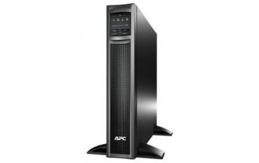 Zasilacz awaryjny UPS APC Smart-UPS X 750VA do montażu w szafie, 230V z kartą sieciową